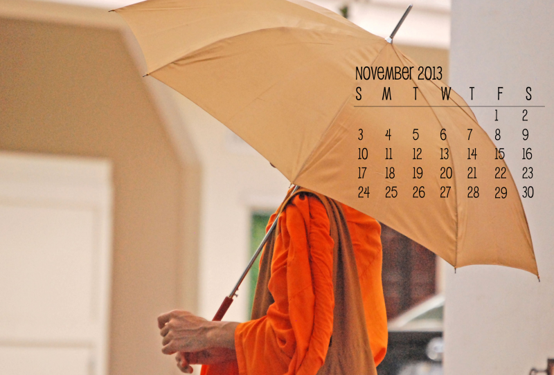 Desktop Calendar for  November 2013