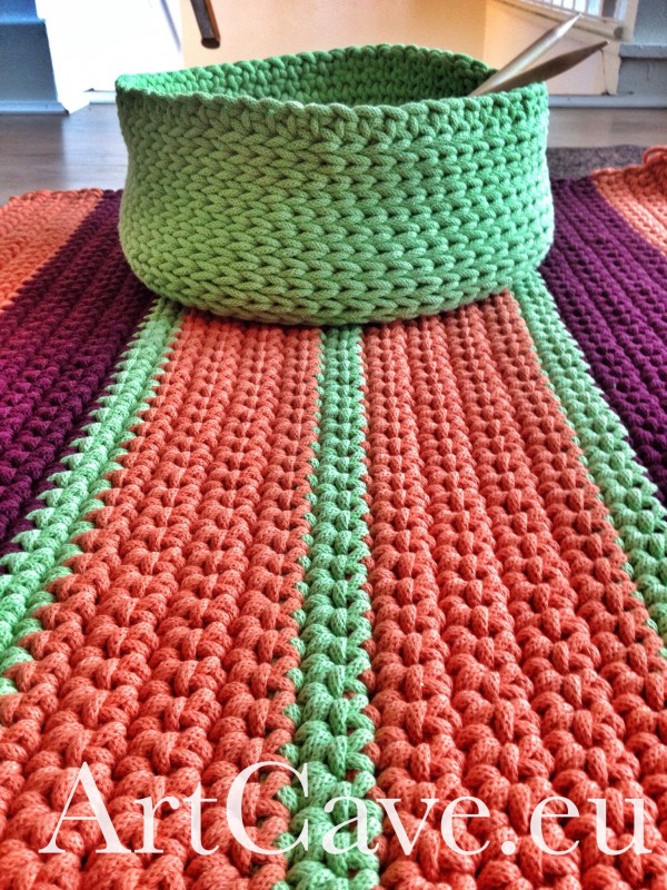Cotton-rope crochet rug